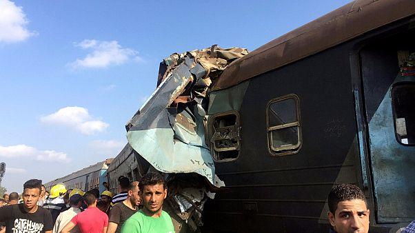 Mısır'da tren kazası: En az 36 ölü yüzlerce yaralı