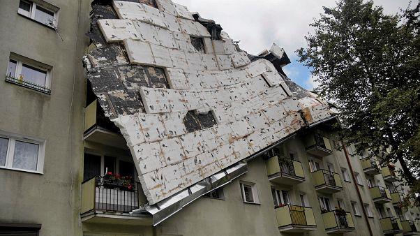 На Польшу обрушилась стихия