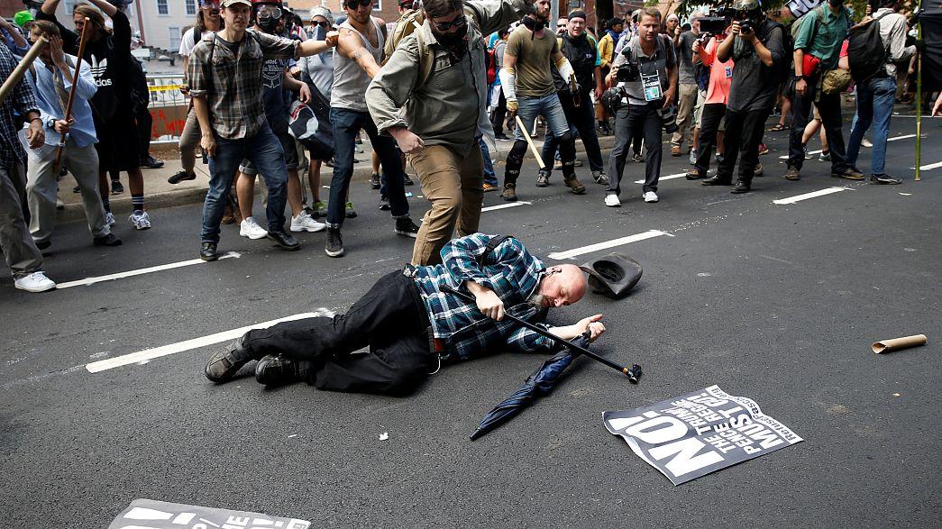 «Μάχη» αντιρατσιστών και ακροδεξιών στη Βιρτζίνια