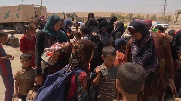 Irak: menekülnek az emberek Tal Afar környékéről