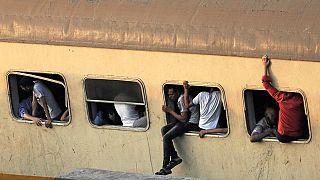 Accident de train en Egypte : six secouristes sanctionnés pour des selfies
