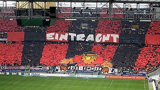 Gewalt nach dem Match: Eintracht-Frankfurt-Fan (42) in Lebensgefahr