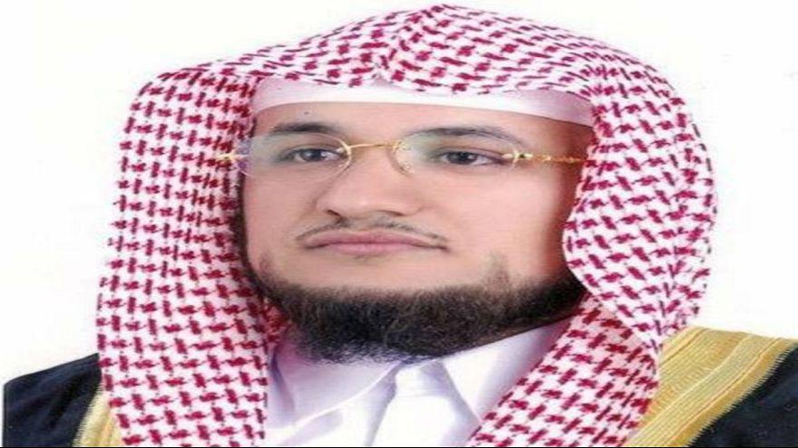 السعودية تحقق مع رجل دين طلب عدم الدعاء لفنان كويتي شيعي