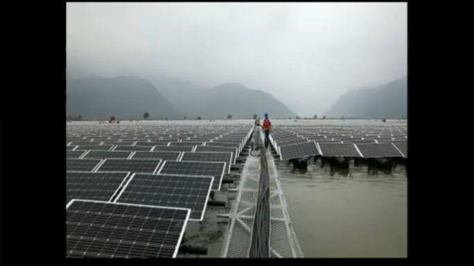 Úszó naperőmű Kínában