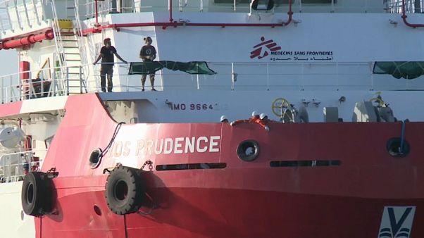 Tres oenegés suspenden sus misiones de rescate en el Mediterráneo