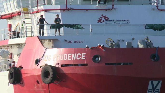 Újabb segélyszervezetek állnak le a mentéssel a Földközi-tengeren