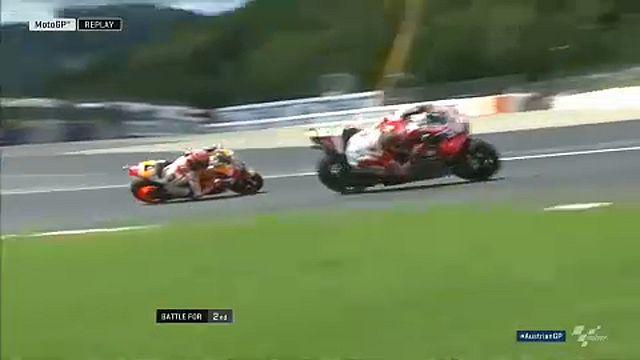 Dovizioso holds off Marquez to win Austrian MotoGP