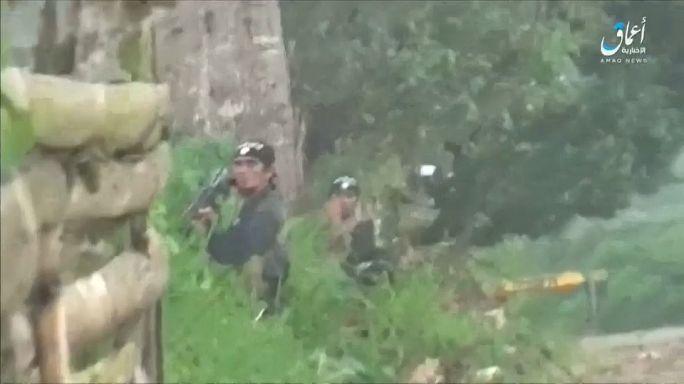 Filippine, 700 morti nella guerra contro l'Isil