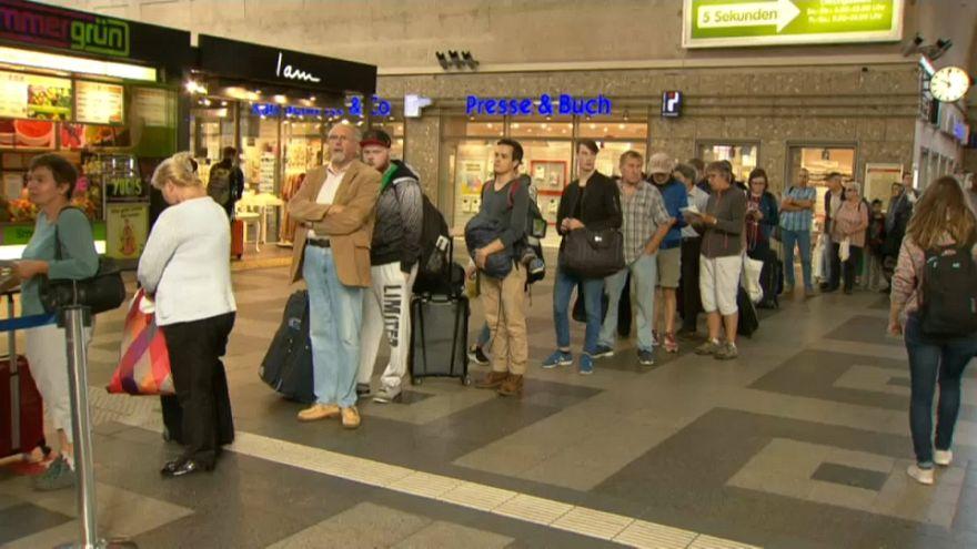 Bahnstrecke bei Baden-Baden noch Wochen gesperrt: Zugverkehr nach Schweiz und Frankreich betroffen