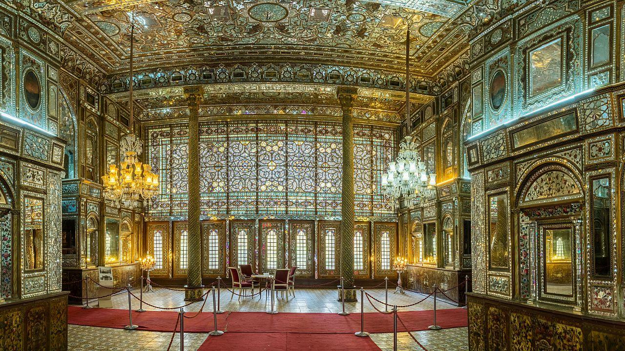 نمایشگاهی از زندگی آخرین پادشاه ایران در کاخ سعدآباد