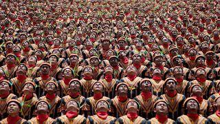 Indonesia bate el récord Guinness de su danza Saman