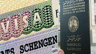 الجزائر تلوح بمنع منح تأشيرات لمواطنين أوربيين