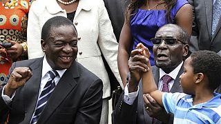 """Zimbabwe : un des vice-présidents de Mugabe """"empoisonné dans un meeting"""""""