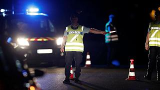 مقتل طفلة في اعقاب حادث اقتحام سيارة لمطعم قرب باريس
