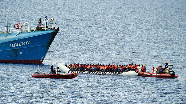 Libya'da göçmen kurtarma faaliyetleri askıya alındı