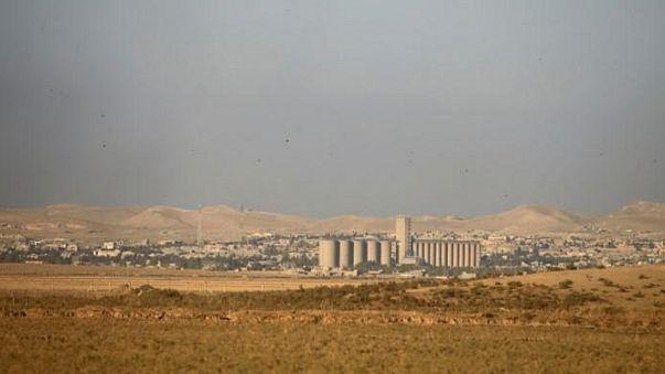 العراق يعلن بدء الحملة الجوية ضد مواقع داعش في مدينة تلعفر
