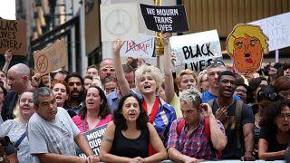 استقبال از دونالد ترامپ در نیویورک با شعارهای ضدنژادپرستی