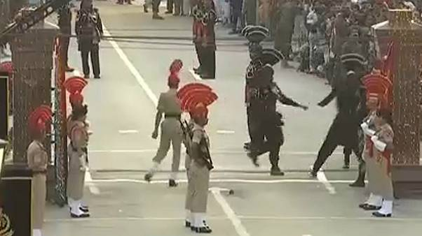 India and Pakistan border guards celebrate independence with sweets