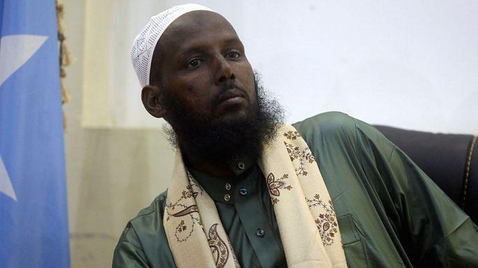 El confundador de Al Shabab cambia de bando