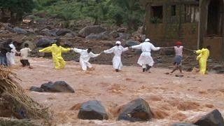 Sierra Leone'de heyelan sonrası en az 600 kişi hala kayıp