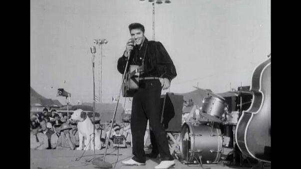 Elvis Presley ölümünün 40. yıl dönümünde anıldı
