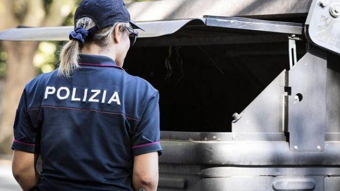 Orrore a Roma, corpo smembrato nei cassonetti
