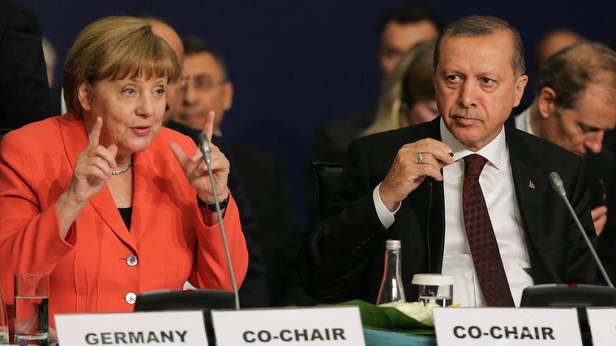 """تركيا تطالب ألمانيا بالتحقق من وجود """"إمام"""" مخطط الانقلاب على أراضيها"""