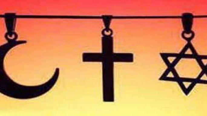 """تقرير أمريكي ينتقد حريات الأديان والبعض يجيب """"إهتمي بشؤونك الداخلية أولا"""""""
