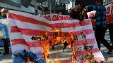 به آتش کشیده شدن پرچم آمریکا در اعتراض به سفر مایک پنس به شیلی