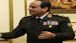 السيسي يبيع أراض لأمير الكويت ويأمر بمعاملته معاملة المصريين