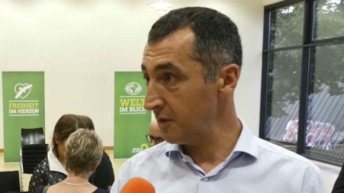 Cem Özdemir: Ne askeri darbe girişimini destekledik ne şu anki sivil darbeyi