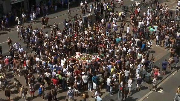 Barcelona trägt Trauer und demonstriert Solidarität