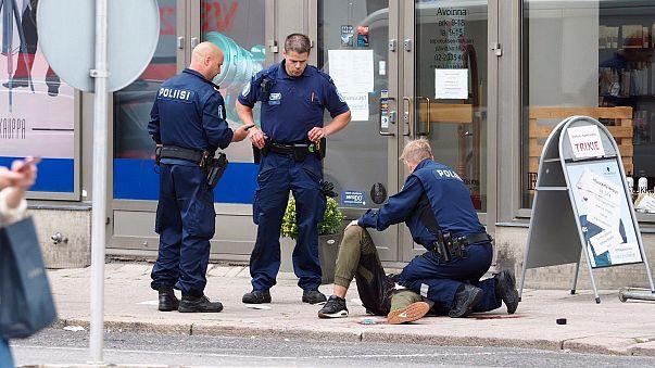 اعتقالات بعد اعتداء بسكين في فنلندا