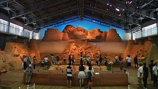 Tottori'deki Kum Müzesi'nde ABD tarihi