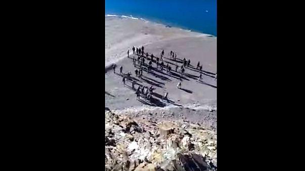 اشتباكات بالايدي والحجارة بين الجيشين الهندي والصيني