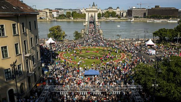Rengeteg a külföldi a budapesti ünnepi programokon
