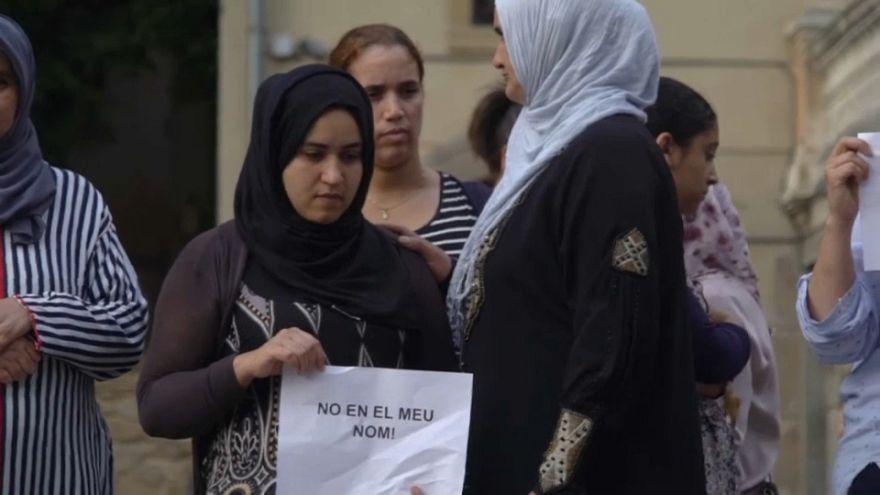 """""""Nicht in meinem Namen"""": Angehörige von Terrorverdächtigen demonstrieren"""