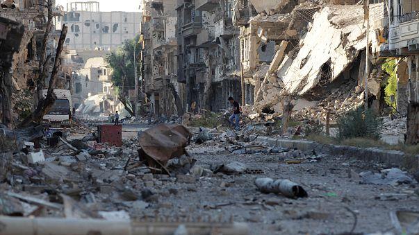 """طائرات روسية تقتل نحو 200 من عناصر """"داعش"""" قرب دير الزور"""