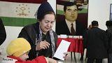 گشت حجاب در تاجیکستان: زنان روسریهایشان را به سبک تاجیکی ببندند