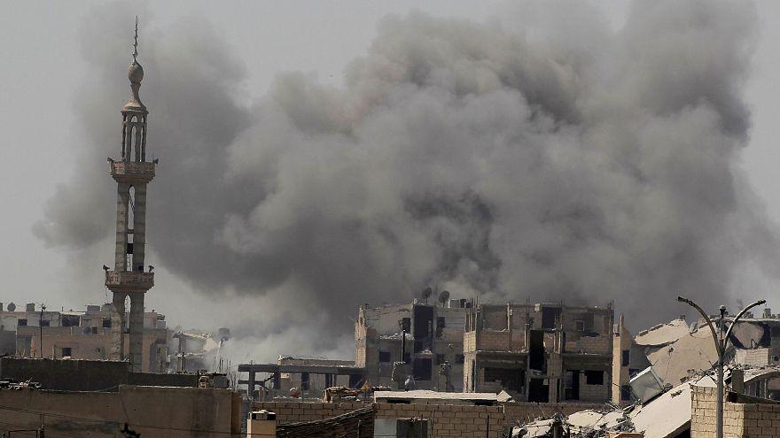 کشته شدن ۲۷ غیرنظامی در حملات هوایی آمریکا به رقه