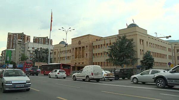 Η Σερβία προειδοποιεί τα Σκόπια για το όνομα