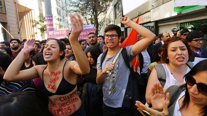 Şili'de kürtaj yanlıları hukuk mücadelesini kazandı