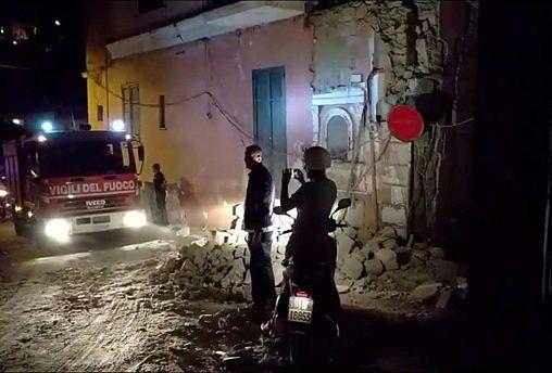2 Tote bei Erdbeben auf Ferieninsel Ischia
