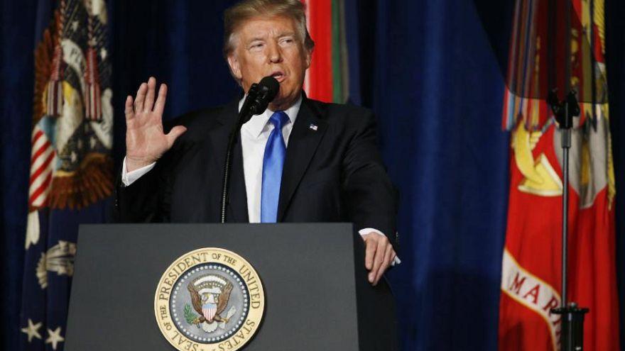 استراتژی ترامپ برای افغانستان: ماندن نظامیان آمریکایی و هشدار به پاکستان