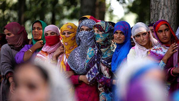 المحكمة العليا في الهند تعلق تطبيق قانون الطلاق بين المسلمين