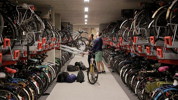 A világ legnagyobb bicikliparkolója nyílik Hollandiában