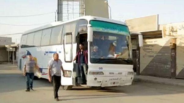 Καμισλί-Δαμασκός: Το λεωφορείο της εμπόλεμης ζώνης