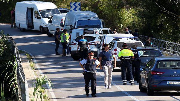 سه مظنون حملات تروریستی اسپانیا در بازداشت می مانند