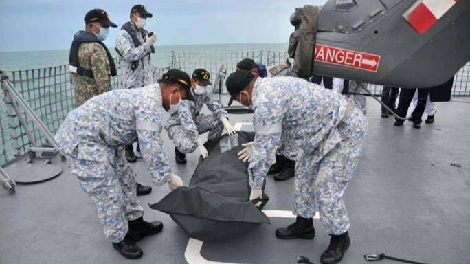 Emberi maradványokra bukkantak a hajóroncsban