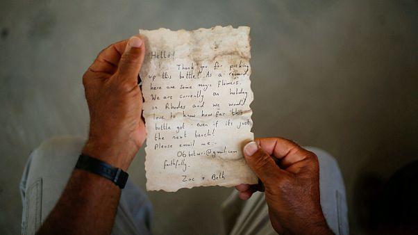 نامه زوج بریتانیایی پس از طی ۸۰۰ کیلومتر مسیر دریایی از یونان به غزه رسید